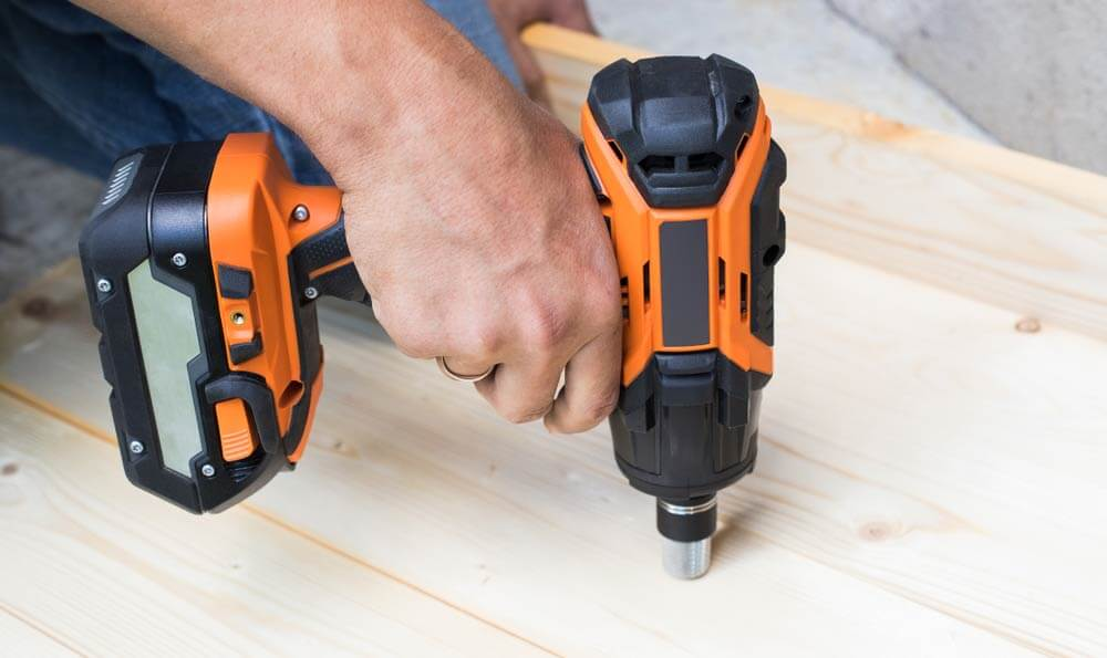 How_to_Use_an_Impact_Wrench